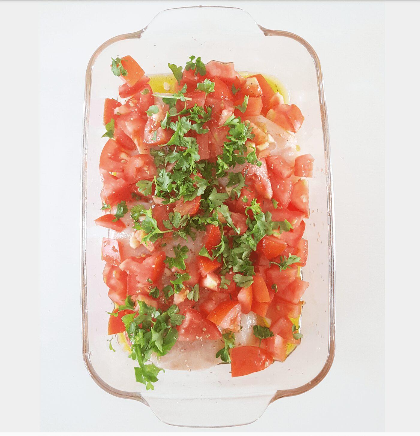 Let´s do it Personal training. Personal trainer aan huis. Kabeljauw met tomaatjes uit de oven1